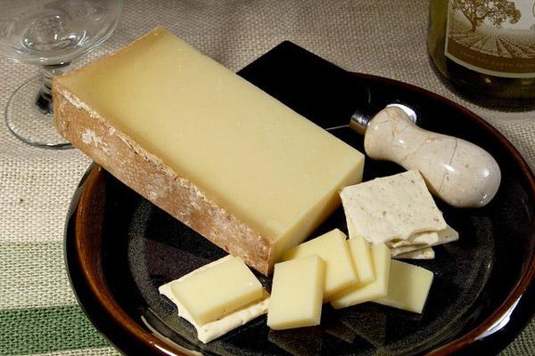 Fromage de vache au lait cru Beaufort