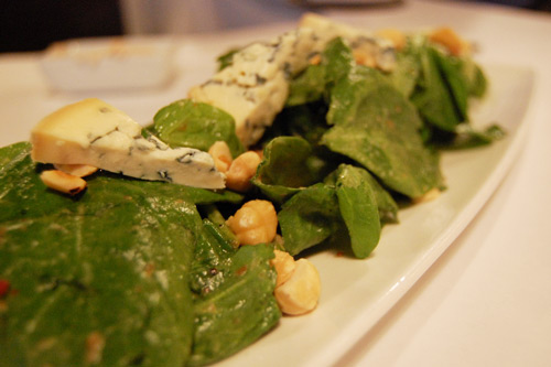 Fourme d'Ambert formage de vache AOP en salade