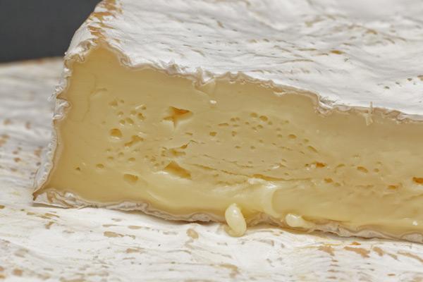 Brie de Meaux Brie de Melun Fromage de vache AOP AOC